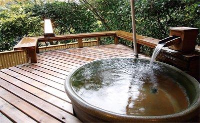露天風呂付客室 霧水木